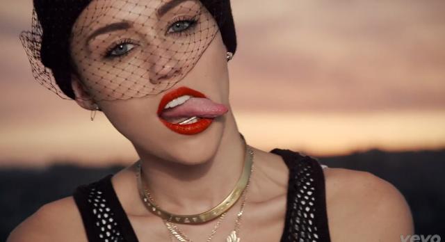 Miley's tongue 9a